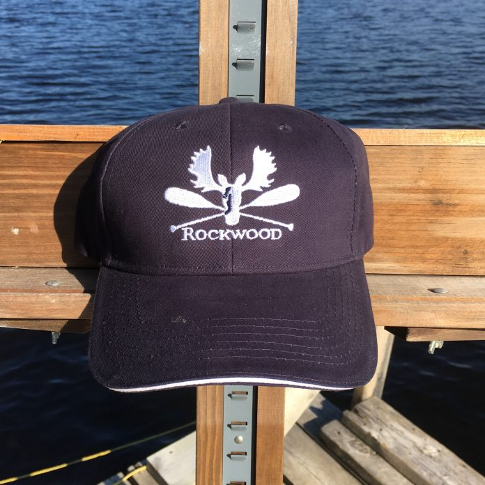 Hat embroidered navy